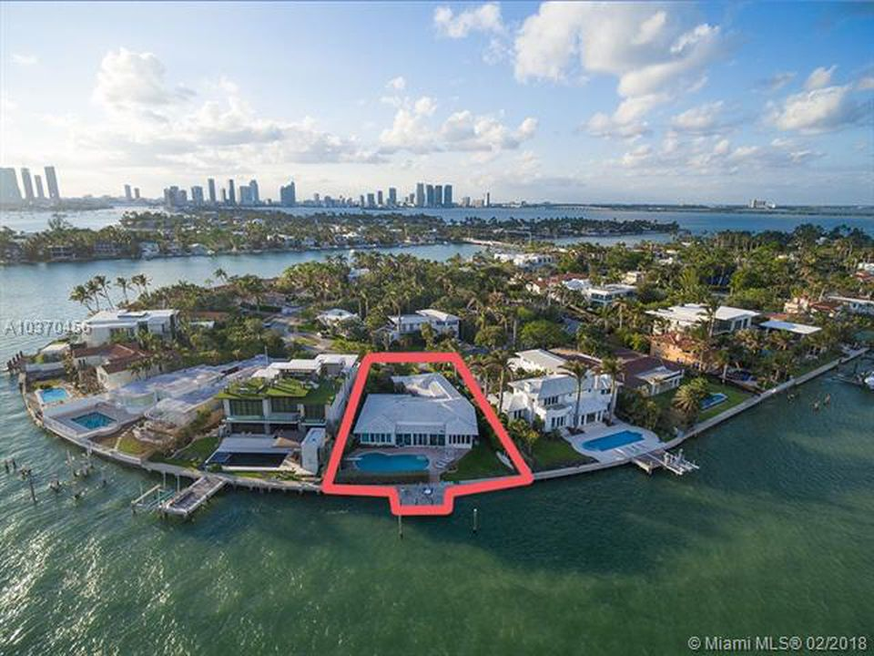 Venetian Islands Real Estate